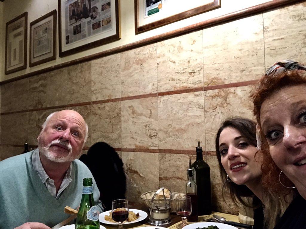 Maddalena Messeri On Twitter Stasera A Cena Con I Genitori Mi