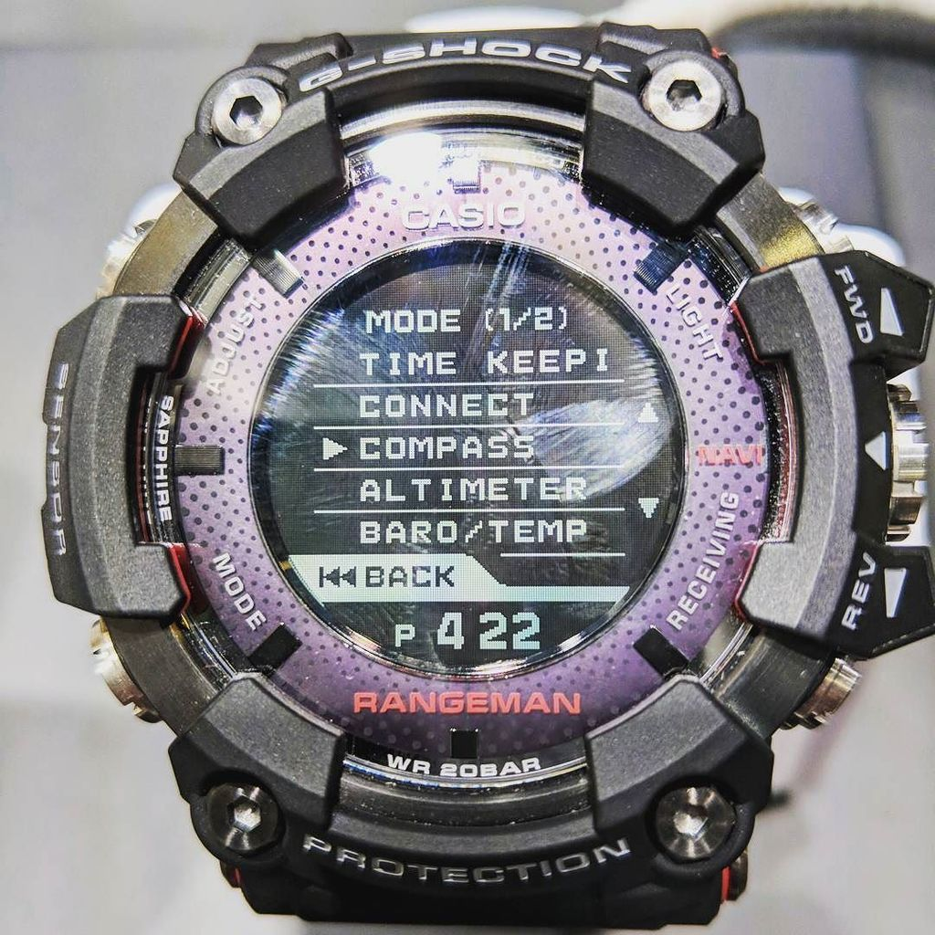 hands watch rugged sg slashgear android casio rug huge smartwatch ces and on wear