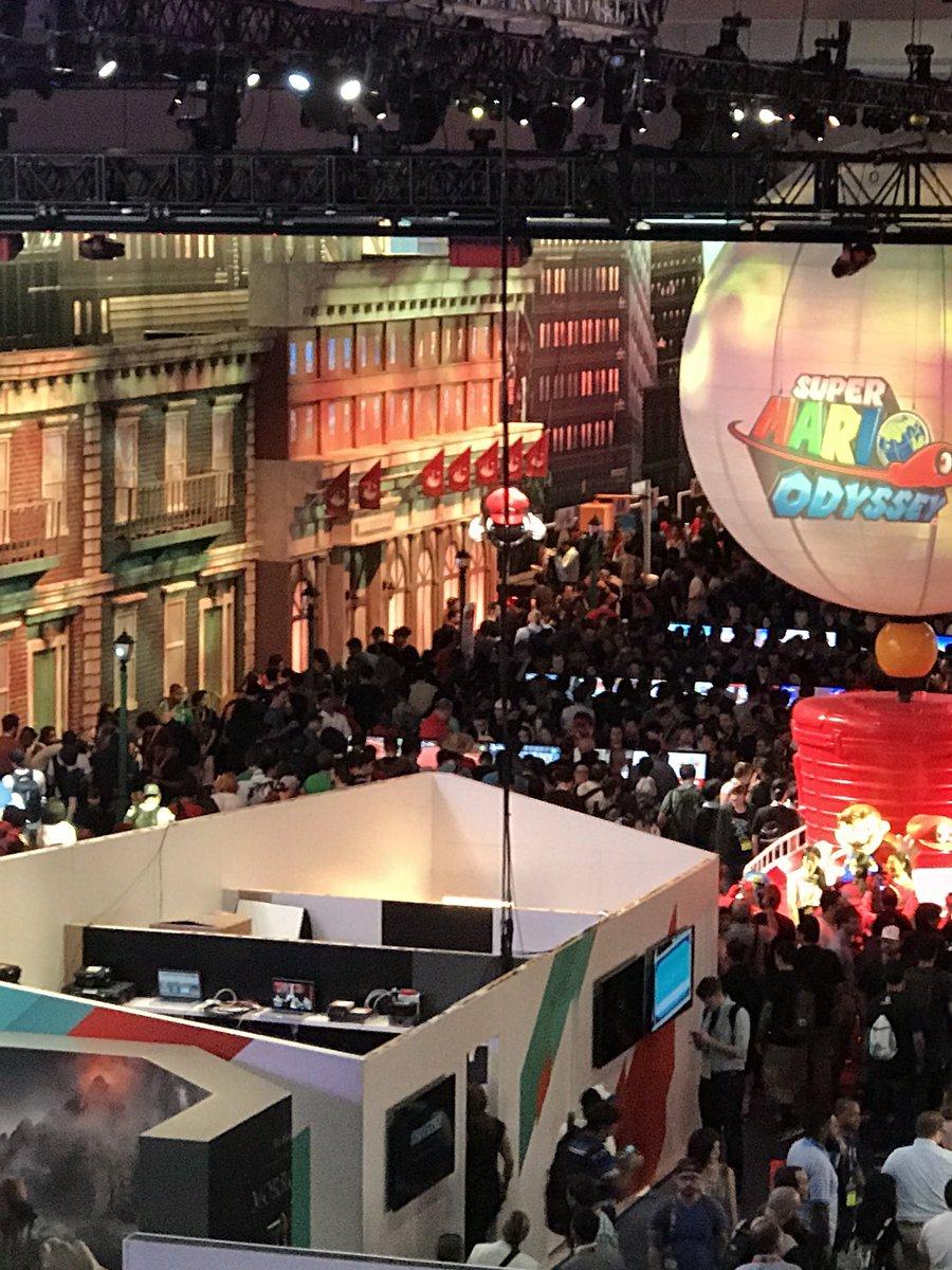 @chrissyteigen You were looking for a Nintendo booth? https://t.co/mFY3fTEn8D