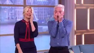 RT @bt_uk: Phil and Holly couldn't control themselves after this blooper. #ThisMorning https://t.co/EAc3A7FNjg
