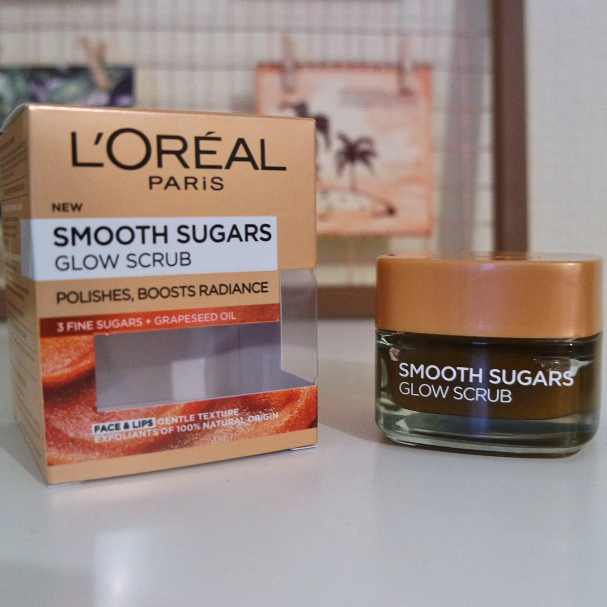 Hey Guys! Check out my first impressions and review of L'Oreal's Smooth Sugar Glow Scrub https://t.co/7myt45KQGh #Loreal #firstimpressions #review #beautyreview #sugarscrub #exfoliate #beauty #beautyblogger #bblogger #bbloggers #blogger https://t.co/njqeB13HcB