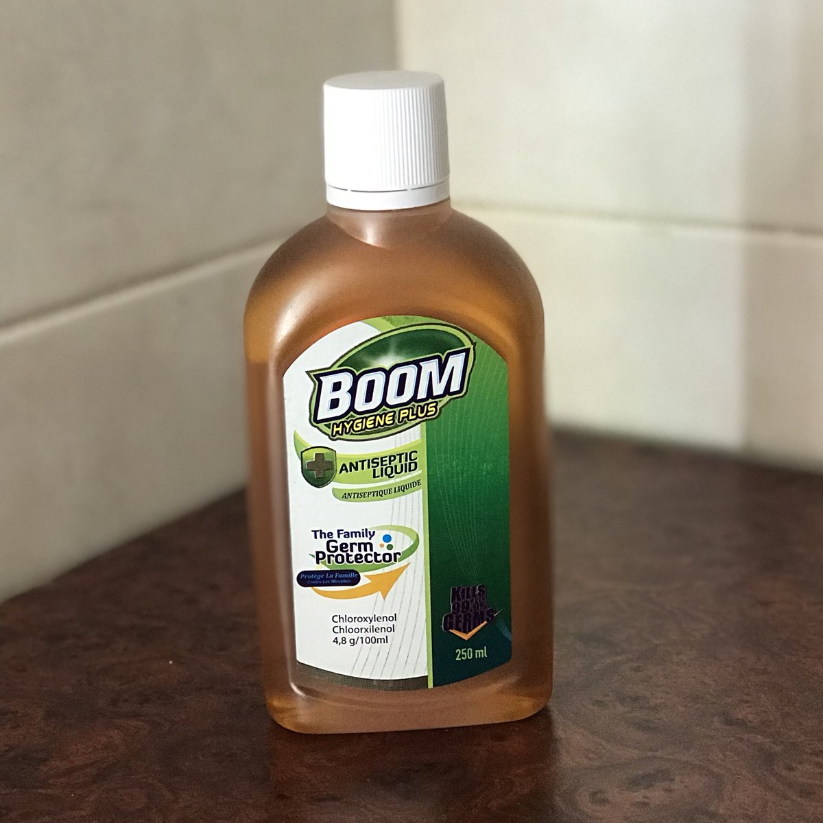 Brian Tembo On Twitter My Local Product Of The Week Same Dettol Antiseptic Liquid 100 Ml Chloroxylenol Content As At 48g 100ml But About K10 Cheaper Well Done Trade Kings Https Tco Yuyqhdtbhz