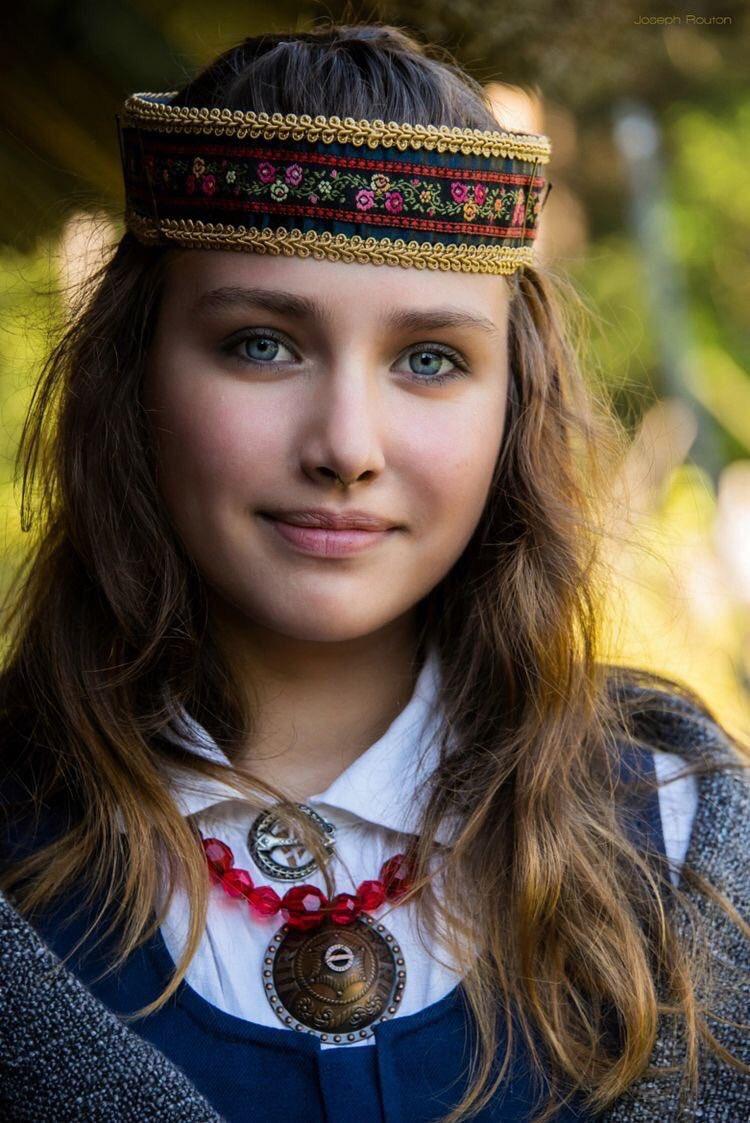 чистокровная славянская красота фото что вообще происходит