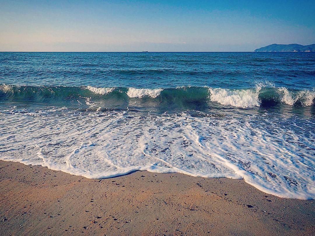 1月の瀬戸内海。良い色してます。光市、虹ヶ浜海水浴場にて。 https://t.co/xFrIaY5giY