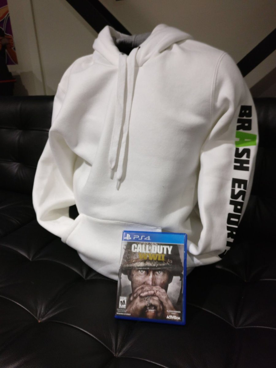 Retweet and follow to win Call of Duty W...