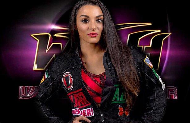 Post image of Деонна Пурраззо остается в ROH