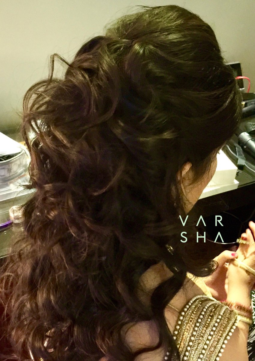 Varshabeauty Com On Twitter Hair Curled Half Up And Half Down