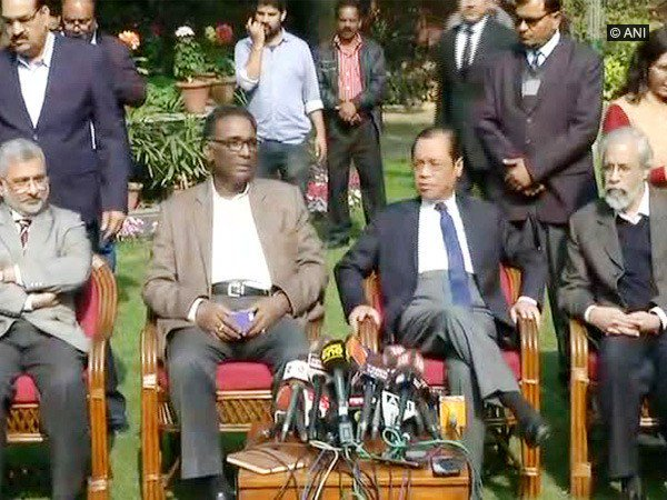 Four senior Supreme Court judges address press conference against Chief Justice of India