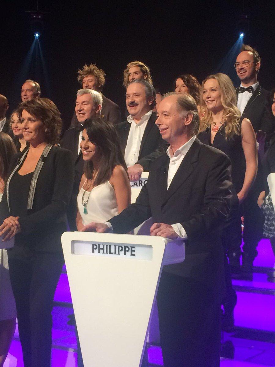 RT @cvigneaux: On se retrouve ce soir sur @TF1 pour  'Le grand concours des humoristes' ! #LGCDH https://t.co/tY1fQZqFxI