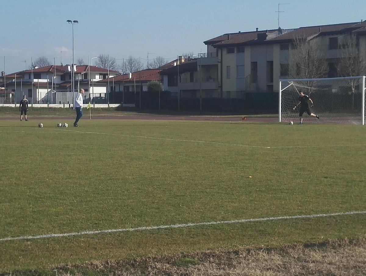Warm up! 🔝 #AtalantaJuve #Primavera #Juv...