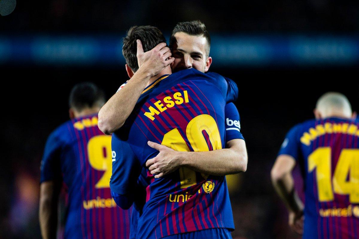 Leo Messi + Jordi Alba = ⚽💪  #UCL