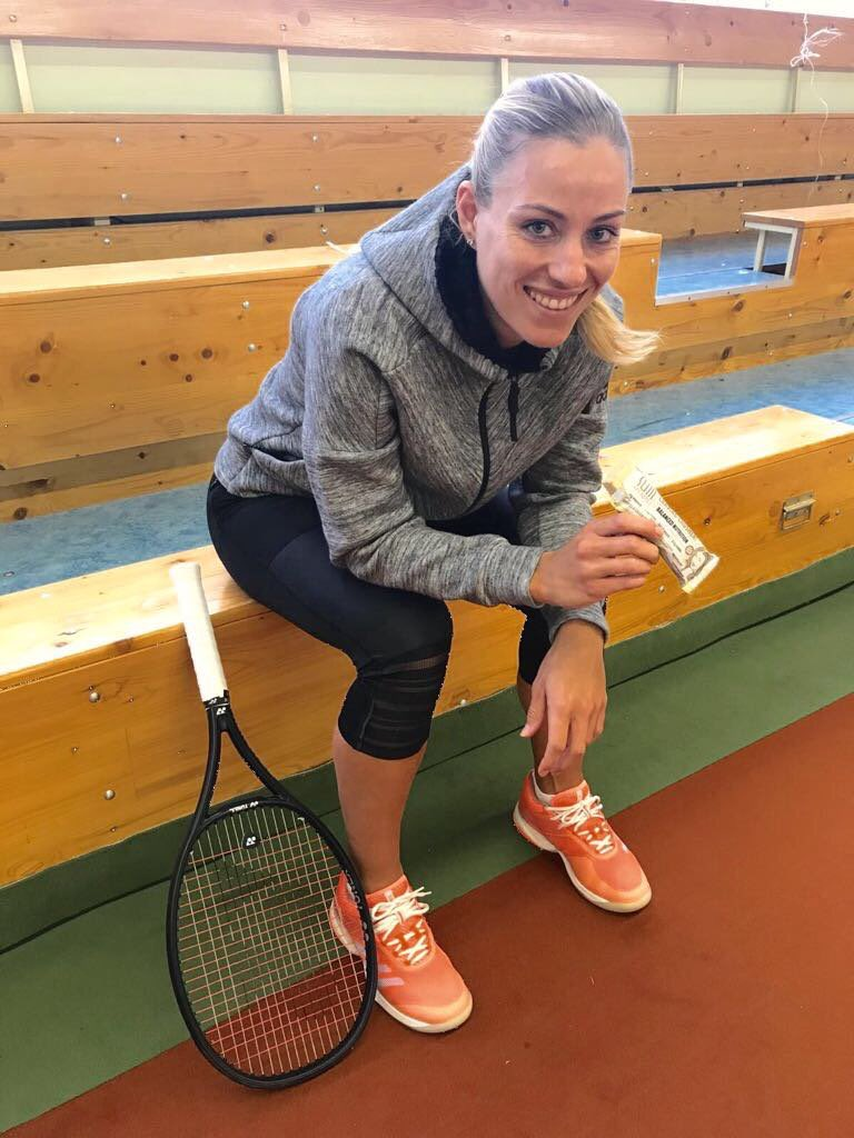 angie kerber twitter
