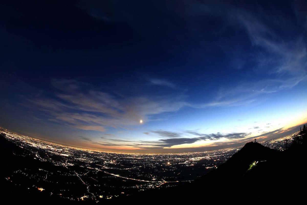 ✨筑波山ロープウェイ #スターダストクルージング 夜の空中散歩(つくば市) 地上にきらめく夜景と、天…