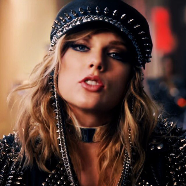 vote for @taylorswift13 💕🐍🐍  #LookWhatYo...