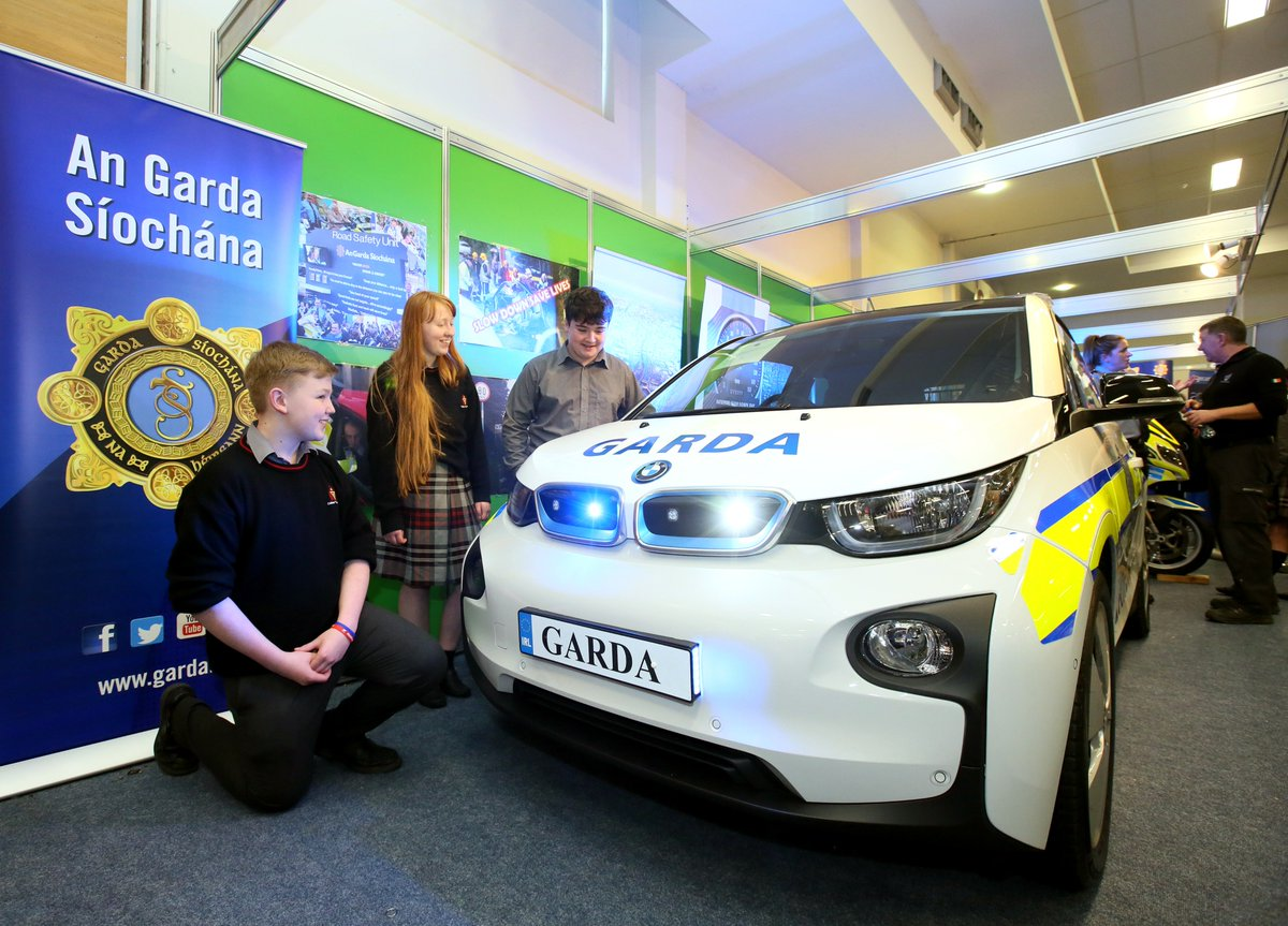 Bmw Ireland On Twitter We Are Providing A Bmw I3 To An Garda