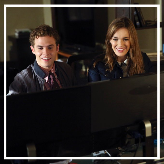 The countdown to #agentsofshield #100episode has staaaaarted*. #fbf to baby #Fitzsimmons Season ☝️ ⠀⠀ Okay