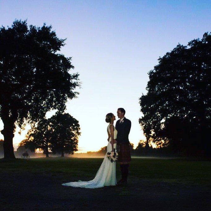 #FlashbackFriday love this #twilight #silhouette from a gorgeous September 2017 #wedding #weddingvenue