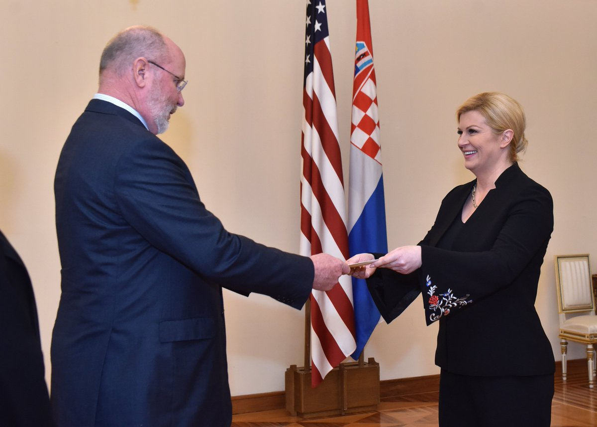 U S Embassy Zagreb On Twitter Earlier Today Ambassador Robert Kohorst Presented His Credentials To Croatian President Kolinda Grabar Kitarovic Congratulations Photos By Office Of The President Of The Republic Of Croatia Vinko Jovanovac