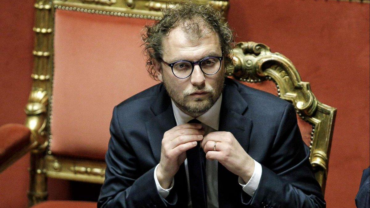 Consip, procura di Roma chiede proroga indagini per Lotti #Consip https://t.co/dkJX3eBZN3