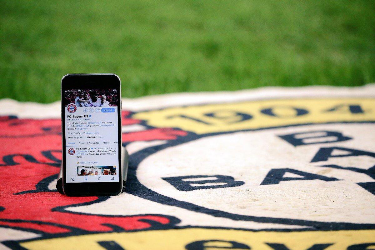 Tweeting in enemy territory! 💪   #DasTwitterDerby https://t.co/abXvihLM08