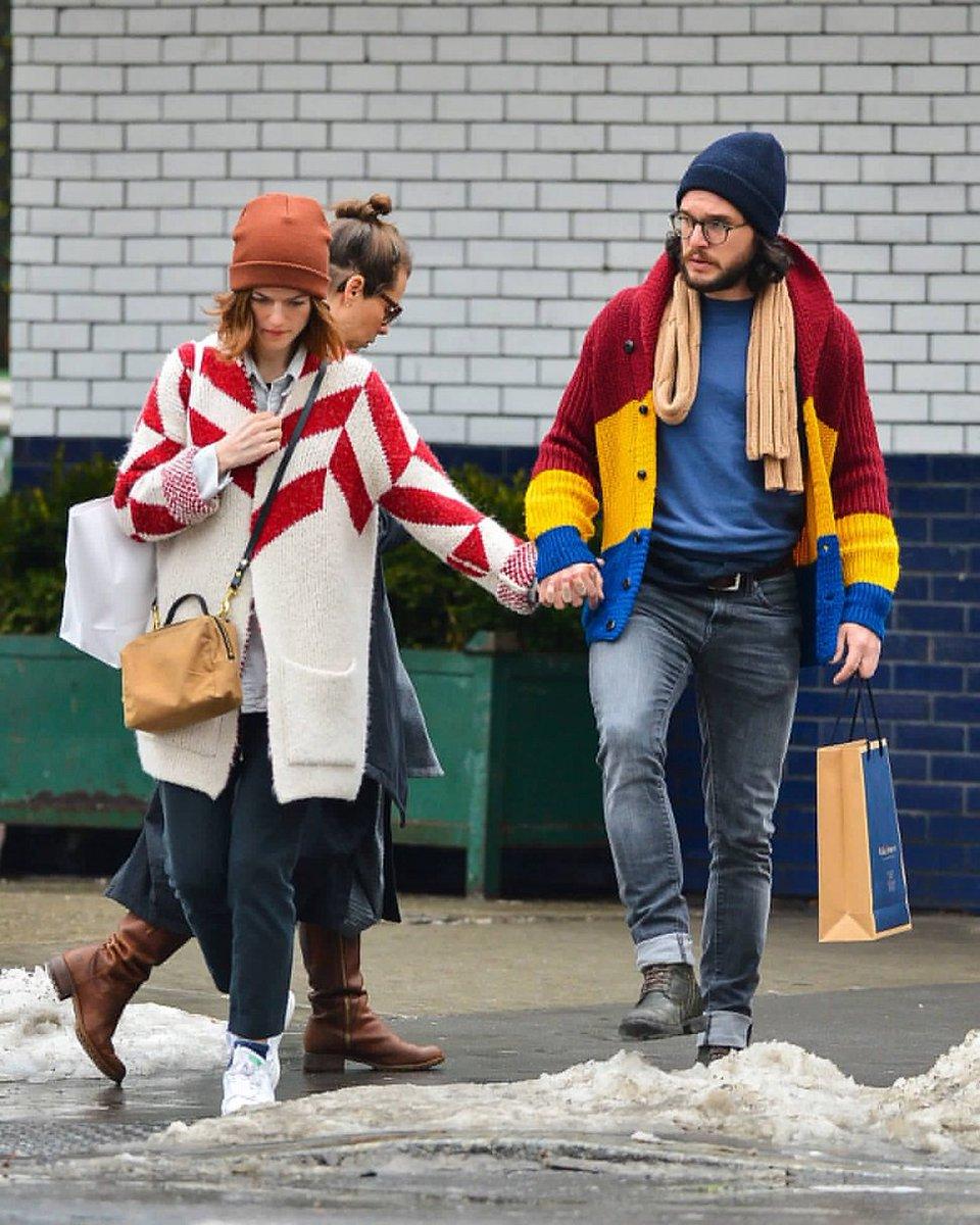 RT @ScreenMix: روز ليزلي مع خطيبها كيت هارينجتون في نيويورك أمس. https://t.co/y5eBrH1oUn