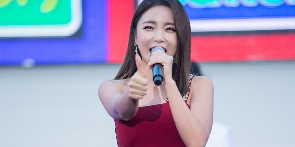'Event Queen' Hong Jin Young spends over $112,000 a year on gas to travel to various events? https://t.co/6ZZJLtLG0u