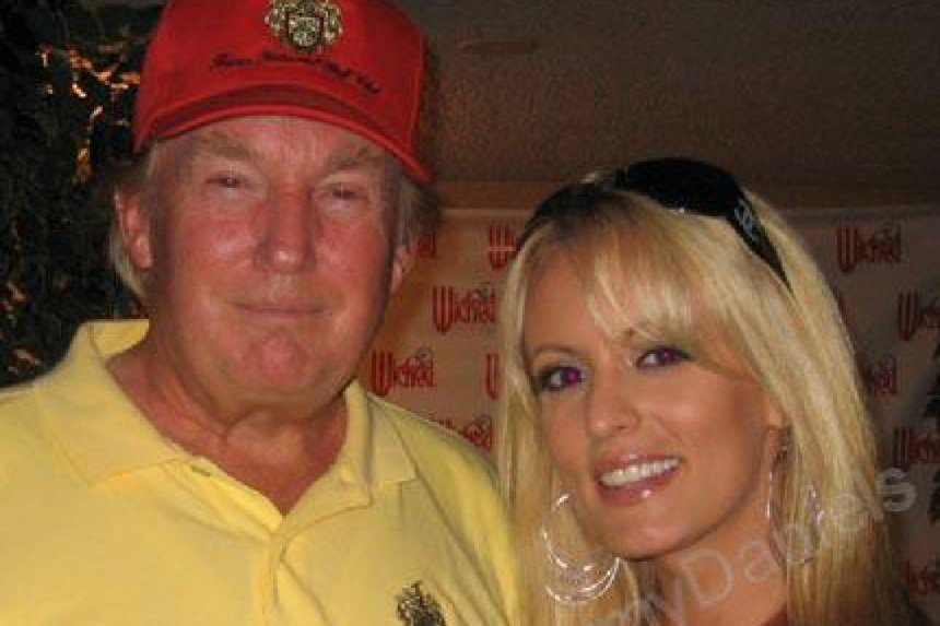 New from WSJ: A lawyer for President Donald Trump arranged a $130,000 payment to a former adult-film star a month before the 2016 election  https://t.co/jNxH0VDZRE by @mrothfeld @joe_palazzolo