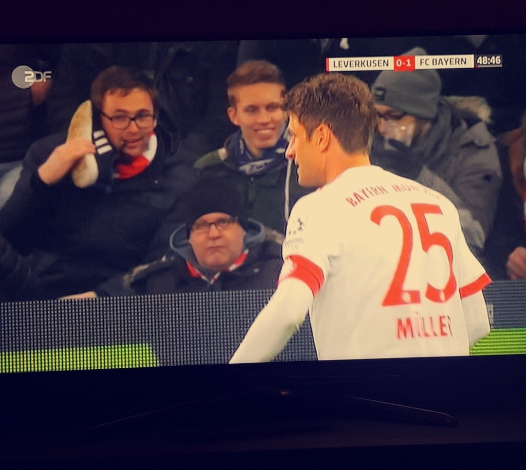 RT @ChristianIvo98: Ob jemand abnimmt? #B04FCB https://t.co/E41TM39fog