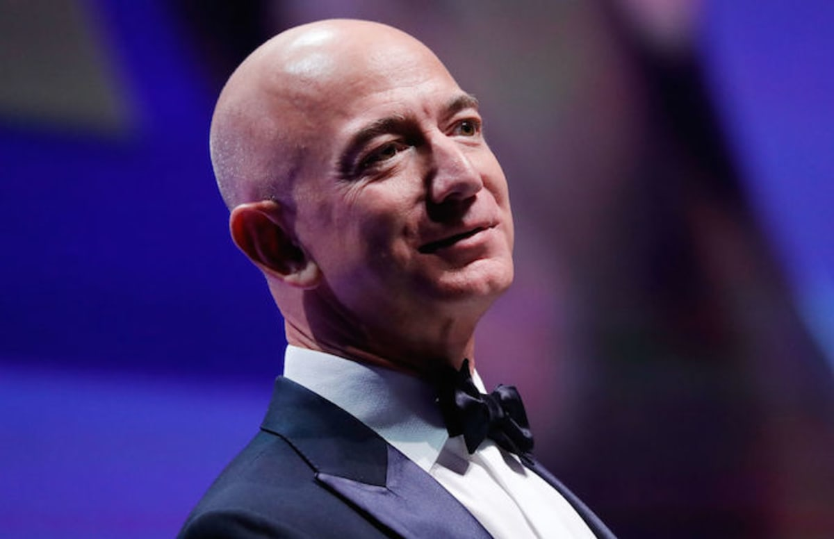 Amazon CEO Jeff Bezos responds to Trump's 'sh*thole' comment by donating $33M to DACA students: https://t.co/Bw6zwhsPGZ