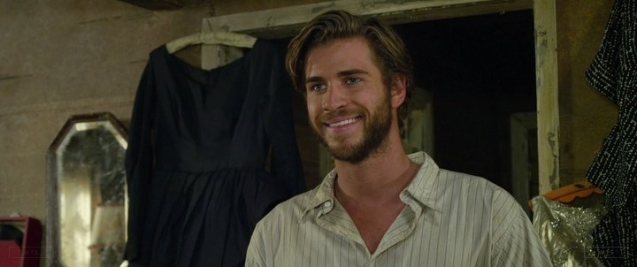 Happy Birthday to Liam Hemsworth who\s now 28 years old. Do you remember this movie? 5 min to answer!