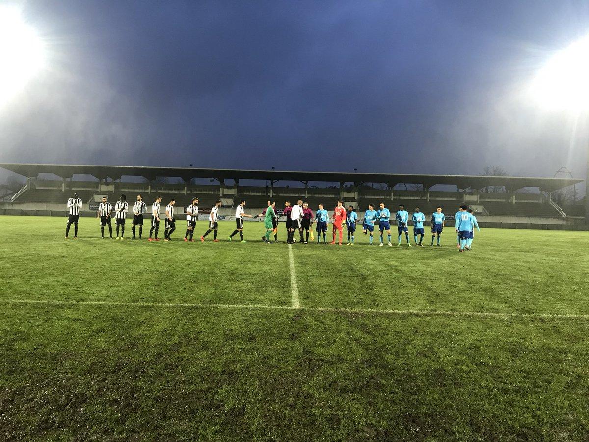 Début de match @StadeBordelaisF vs @OM_Officiel #OM #N2