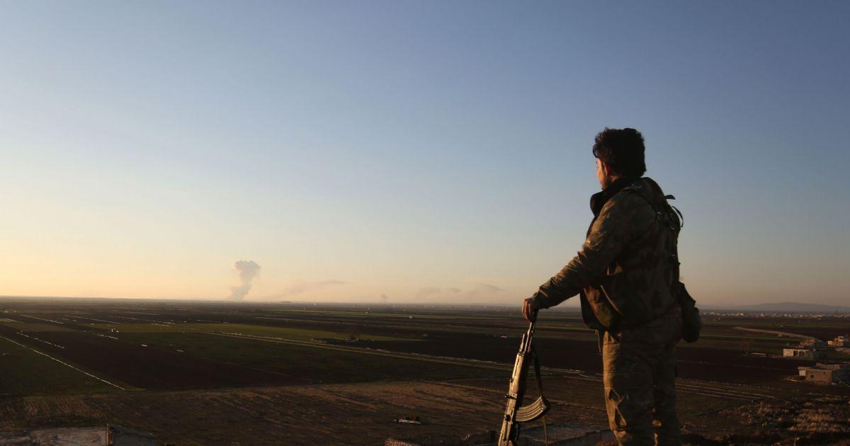 Syrie : la Turquie lance l'offensive contre les forces kurdes https://t.co/dSnQChS3qi