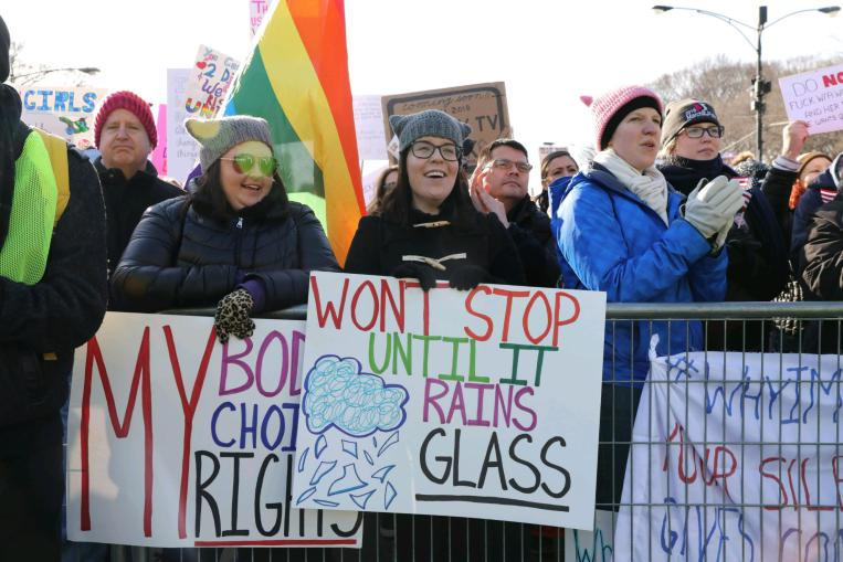 Head here to see our photo gallery from #womensmarchchi #WomensMarch2018 >   -https://t.co/f3n13viFBR Send us your photos by tagging your tweet  #suntimes@womensmarchchi
