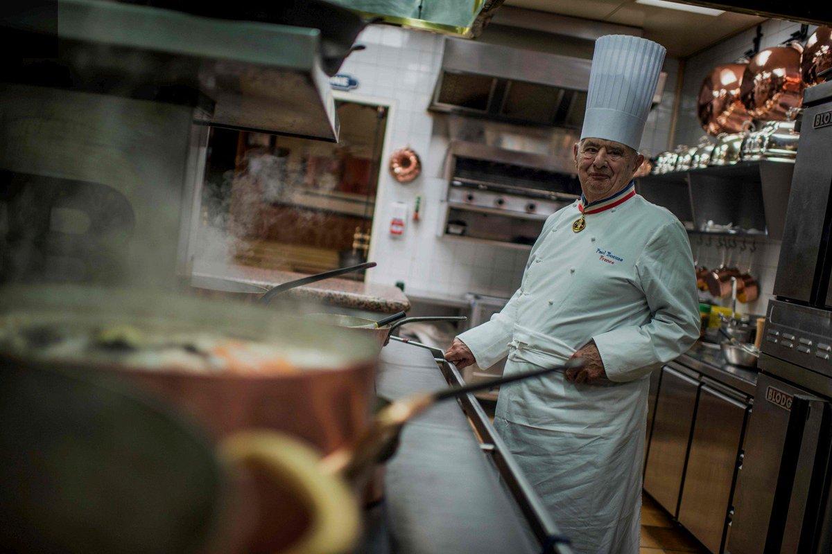 'Cuisinier du siècle', 'Pape de la gastronomie'… Paul Bocuse, l'homme derrière la légende https://t.co/Jfqy1F6EqC