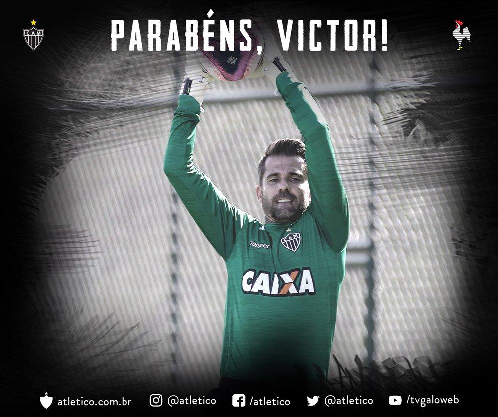 Parabéns ao goleiro @victor1 pelo seu aniversário! Felicidades, saúde e sucesso! Aqui é #Galo!