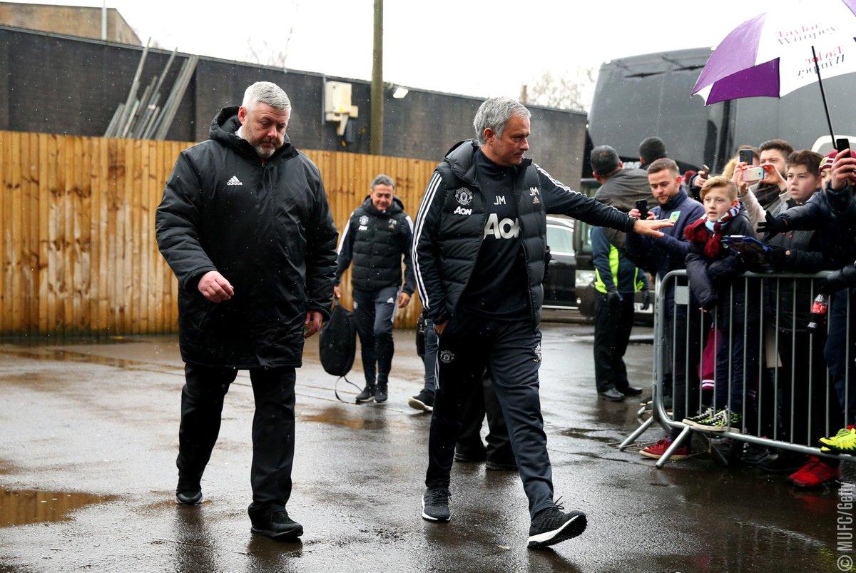 Manchester United's photo on Luke Shaw