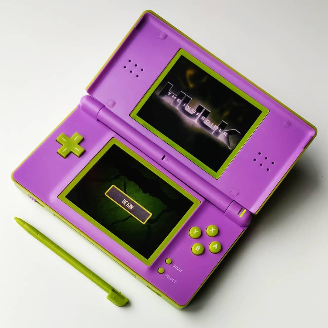 joe bleeps on twitter green purple nintendo ds lite inside view. Black Bedroom Furniture Sets. Home Design Ideas