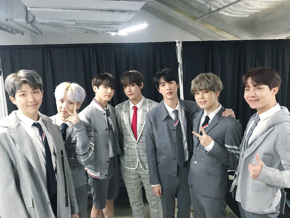 [#오늘의방탄] 4TH MUSTER 첫날 공연 끝! #방탄소년단 이 준비...