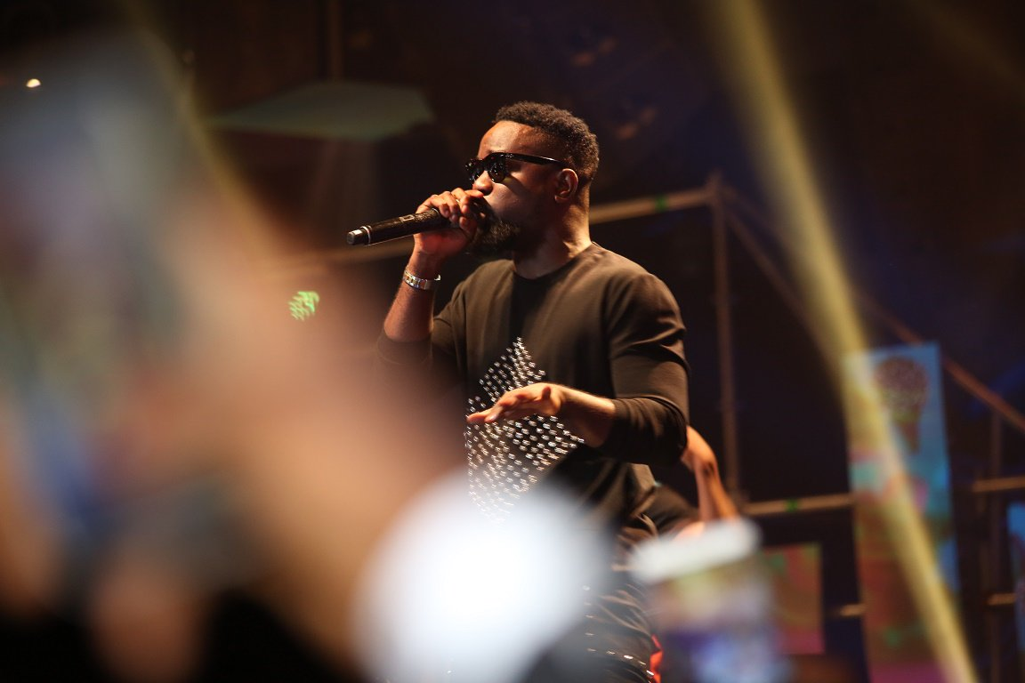 Sarkodie's performing at the #SoundcityM...