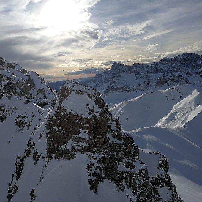 El valle de Tena enamora ❄💚❄ 📷@ivanguillen #valledetena #pirineoaragones  @eltiempo_atv  @ElTiempo_tve @AramonFormigal @Huesca_LaMagia @aragonturismo
