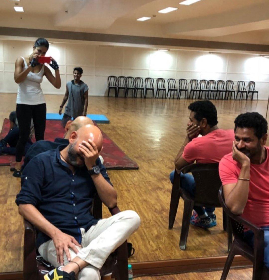 RT @AamirKhanTemple: #KatrinaKaif Victor and @PDdancing at @yrf for #ThugsOfHindostan https://t.co/bAAJxZSB5Z