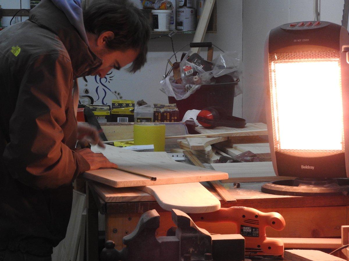Untersuchungen über das Alterungsverhalten, die Temperaturbeständigkeit und Zeitstandfestigkeit von Metallklebverbindungen mit und ohne Füllstoffzusätze