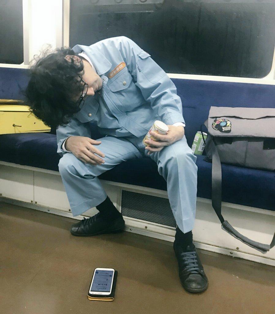 「電車の終電でワンカップ飲んで酔っ払ってスマホを落とす人」をやってみた。