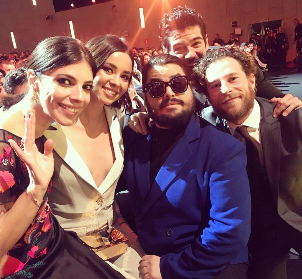 Con esta foto tomada por #JulioMedem ha arrancado la gala de los @PremioForque 🙌 📸 #23Forqué 😉 https://t.co/T6vCGLHw02