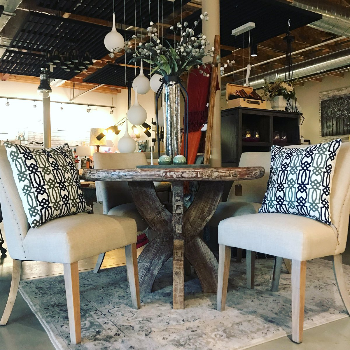 Furnished by farrah on twitter this gorgeous found wood round table just arrived and we are absolutely obsessed with it homedecor newproducts love