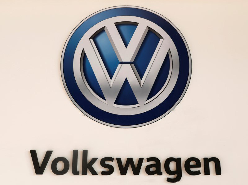 After emissions scandal, Volkswagen on U.S. comeback trail with all-new Jetta © Reuters. A Volkswagen logo is pictured at the International Auto Show in Mexico City By Andreas Cremer DETROIT (Reuters) – Volkswagen (DE:... moneyhealthfinance.com/after-emission… #career #business #cryptocurrency