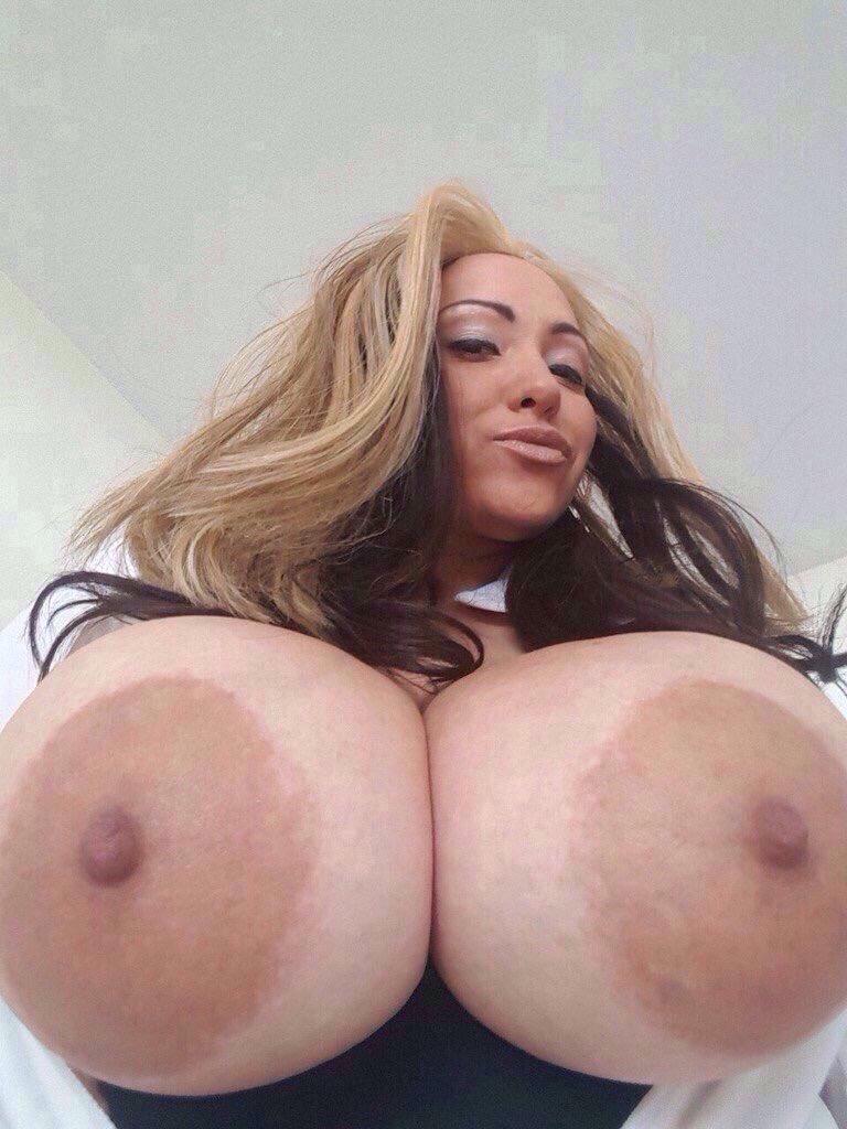 Big boobs bra pictures
