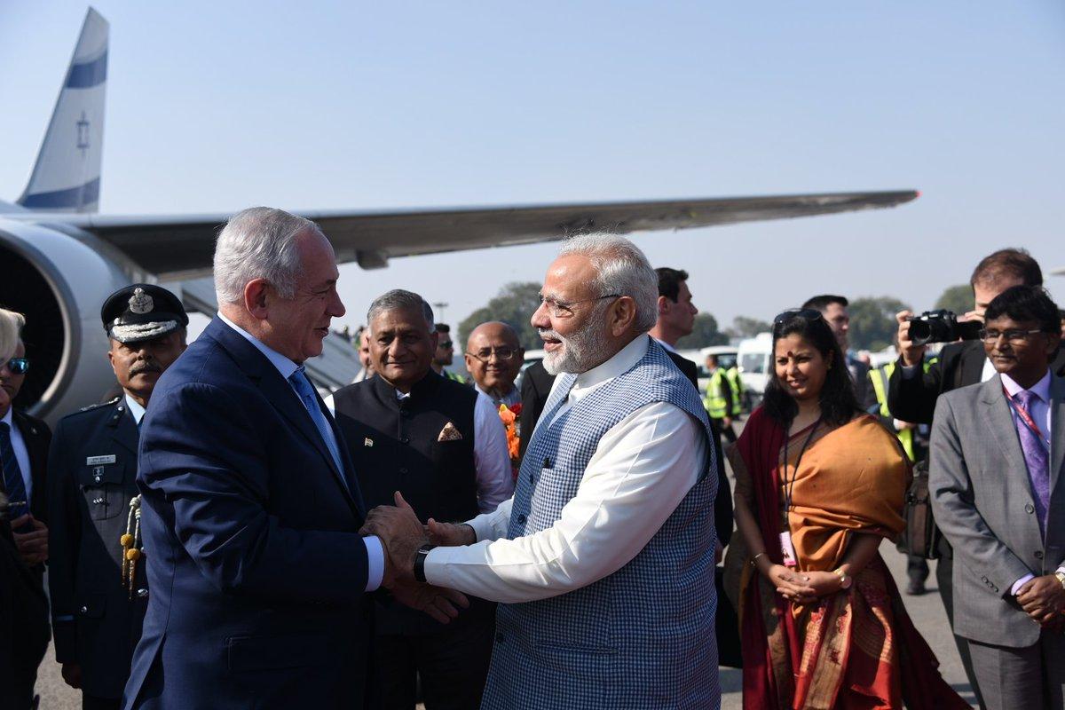 ઇઝરાયેલના વડાપ્રધાન નેતન્યાહુ દિલ્હી પહોંચતા વડાપ્રધાન મોદીએ કર્યું સ્વાગત, 17મી જાન્યુઆરીએ આવશે ગુજરાતની મુલાકાતે