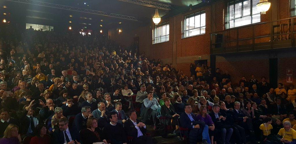 In diretta da Milano con @giorgio_gori @BeppeSala @CarloCalenda #ObiettivoGoverno https://t.co/Sd5A6APGYx https://t.co/EbIyMLTtj4
