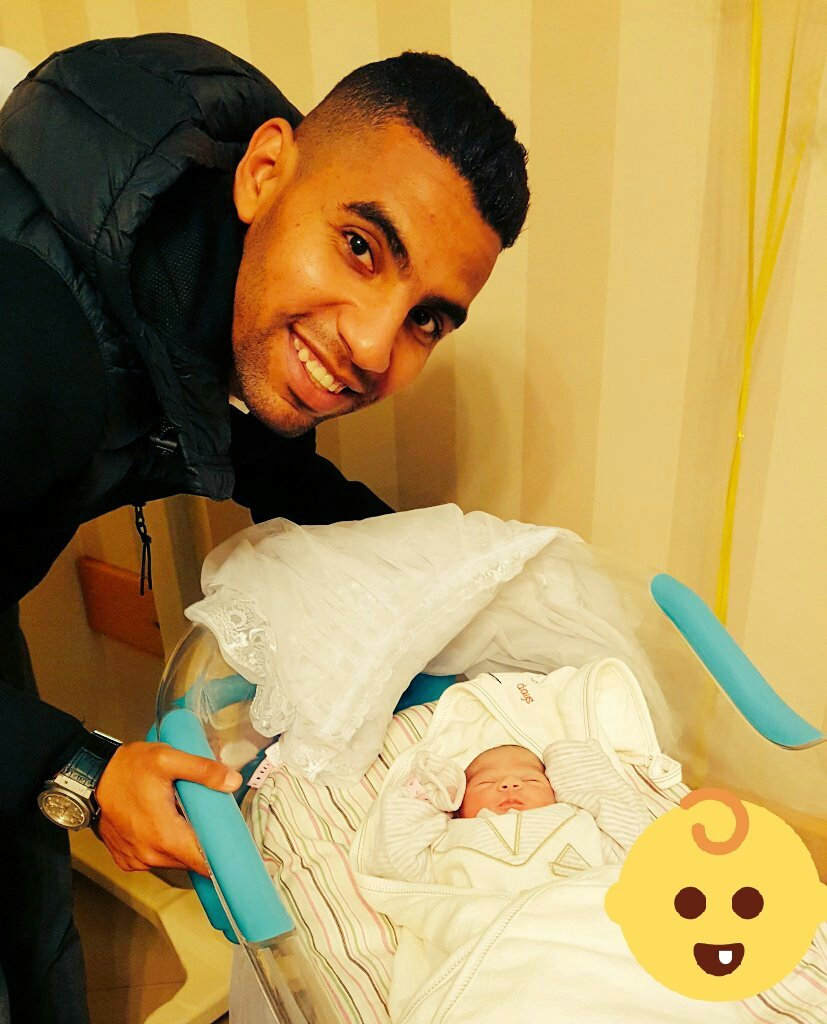 RT @AlahlyEnglish: Our latest family member 👶👼 Welcome Malek Mo'men 😍 https://t.co/0xSkaBcgsF